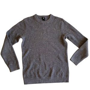 Men's thick grey knit sweater, cotton and acrylic, medium.
